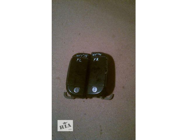 продам Б/у ручки дверные для микроавтобуса Volkswagen T4 (Transporter) 1999 бу в Николаеве