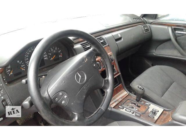 купить бу Б/у салон для легкового авто Mercedes E-Class 210 в Ровно