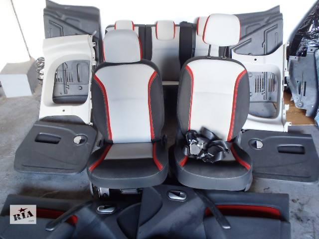 купить бу Б/у салон для легкового авто Renault Kangoo в Калуше