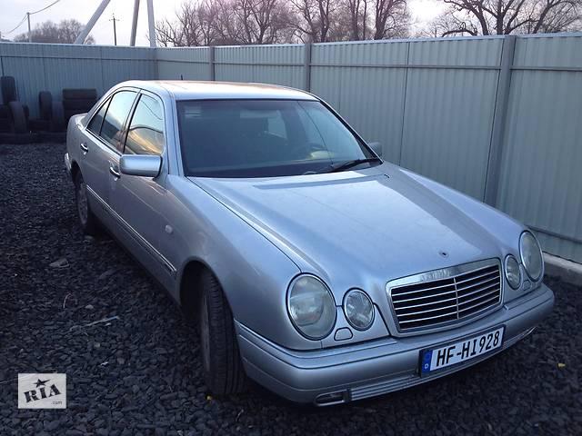 купить бу Б/у склопідйомник для легкового авто Mercedes 210 в Луцке