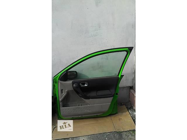 Б/у стекло двери для универсала Renault Megane II- объявление о продаже  в Ковеле