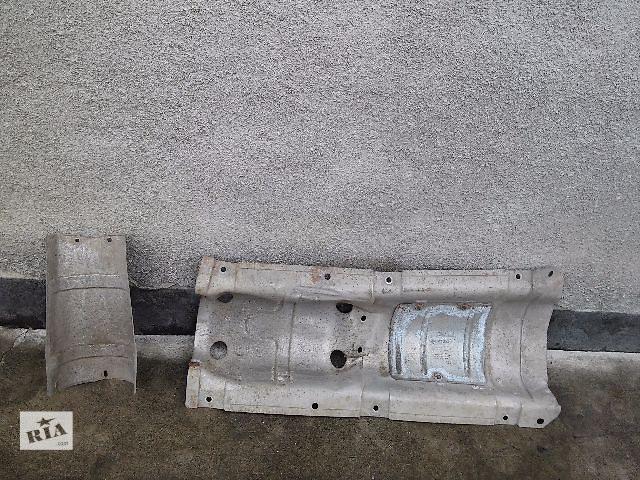 продам Б/у термозащита днища выхлопной Renault Kangoo бу в Киеве