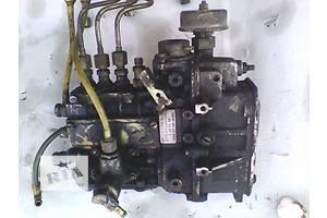 б/у Топливные насосы высокого давления/трубки/шестерни Mercedes MB