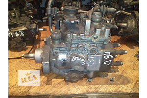 б/в Паливні насоси високого тиску / трубки / шестерні Opel