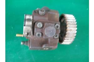 б/у Топливные насосы высокого давления/трубки/шестерни Volvo V50