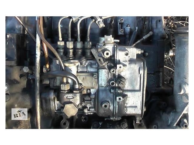 купить бу Б/у топливний насос високого тиску/трубки/шестерн для легкового авто Mercedes 123 3.0 d в Ужгороде