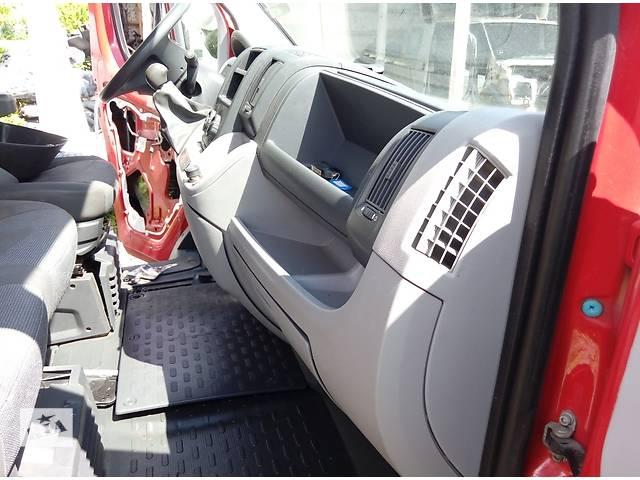 купить бу Б/у торпедо/накладка для автобуса Citroen Jumper (3) Боксер Джампер Дукато(3) с 2006г в Ровно
