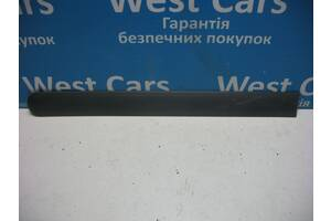 Б/У Молдинг левой сдвижной двери Transit Connect 2002 - 2009 3T16V29077. Лучшая цена!