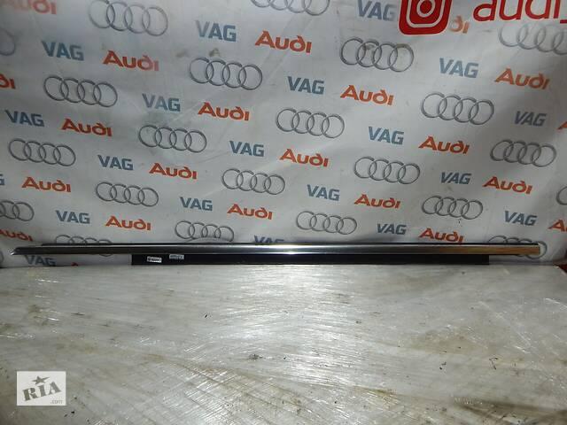 Б/У Уплотнитель двери передней левой с декоративной накладкой AUDI A4 8K0853283J- объявление о продаже  в Самборе
