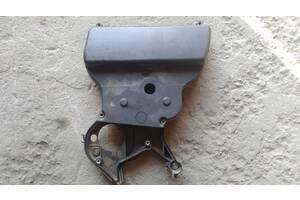 Б/у Защита ремня ГРМ для ВАЗ 2170 ВАЗ 2110