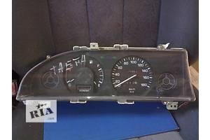 б/у Панели приборов/спидометры/тахографы/топографы Toyota Corolla