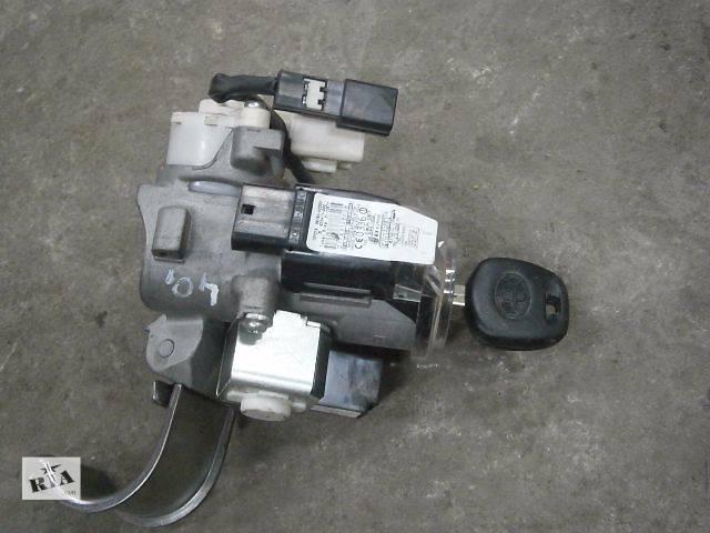 купить бу б/у Электрооборудование двигателя Замок зажигания/контактная группа Легковой Toyota Rav 4 в Луцке