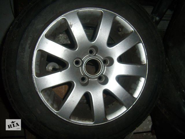 продам б/у Колеса и шины Диск Диск литой 15 Легковой Volkswagen B5 2003 бу в Белой Церкви (Киевской обл.)