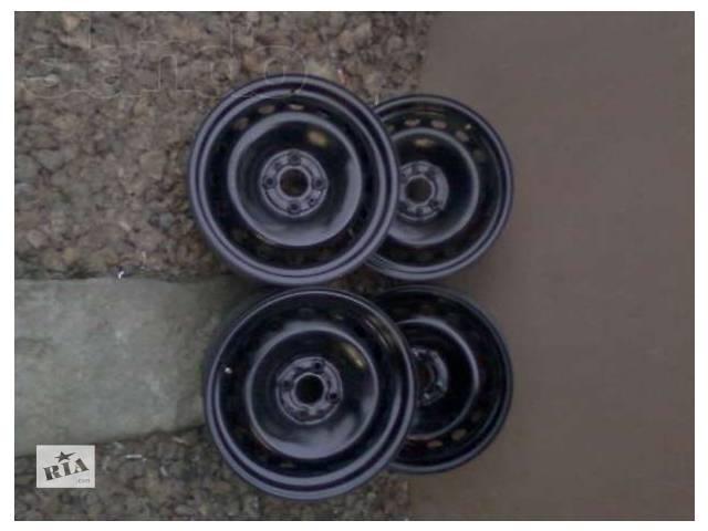 купить бу Б/у Колеса і шини Диск Диск металевий 15 Легковий Fiat Doblo пасс. Мінівен 2007 в Городенці