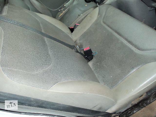 б/у Компоненты кузова Сиденье Легковой Renault Trafic 2004- объявление о продаже  в Ковеле