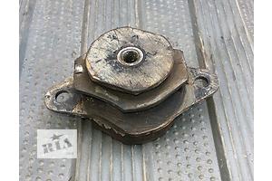 б/у Подушки мотора Fiat Uno