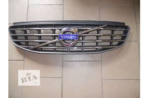 б/у Решётки бампера Volvo XC60