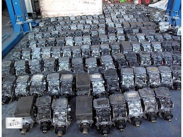 бу б/у Топливная система Топливный насос высокого давления/трубки/шест Легковой Volkswagen Tiguan в Львове