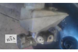 б/у Главные тормозные цилиндры Mercedes 124