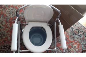 Кресло стул с санитарным оснащением на колесах регулируемые