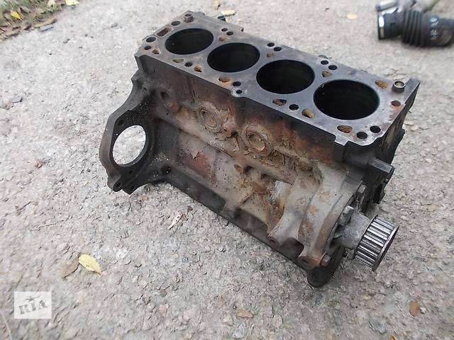 бу  Блок двигателя  Opel Kadett E 1,6 diesel в Днепре (Днепропетровск)