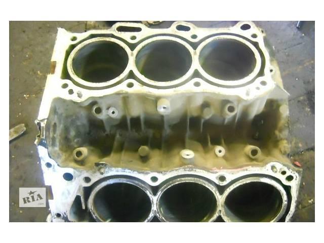 купить бу Блок двигателя Toyota Land Cruiser 4.0 в Ужгороде