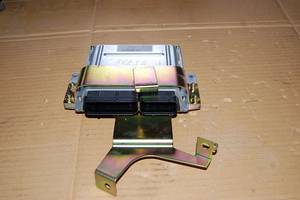 Блоки керування двигуном Nissan Murano