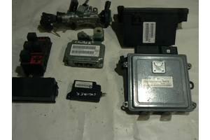 Блок управління двигуном комплект DODGE CALIBER 2. 0 16V P68000129AD під замовлення 3-6 днів