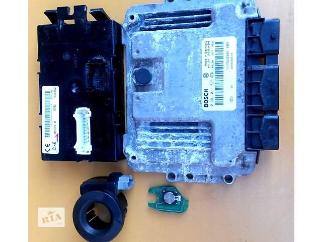 бу Блок управления двигателя комфорта комплект 2.0 Opel Vivaro Опель Виваро Renault Trafic Рено Трафик Nissan Primastar в Ровно