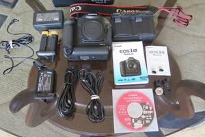 Canon EOS 1D Mark III body легендарна, професійна цифрова фотокамера