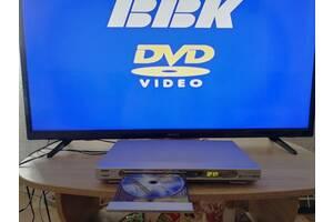 DVD проигрыватель BBK +диск караоке