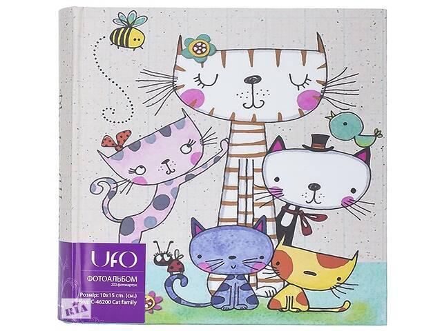 продам Фотоальбом Ufo CAT FAMILY разноцветный бу в Києві