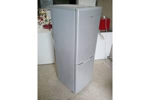 Холодильник сірого кольору двох камерний б.у з Німечини -1.40 см