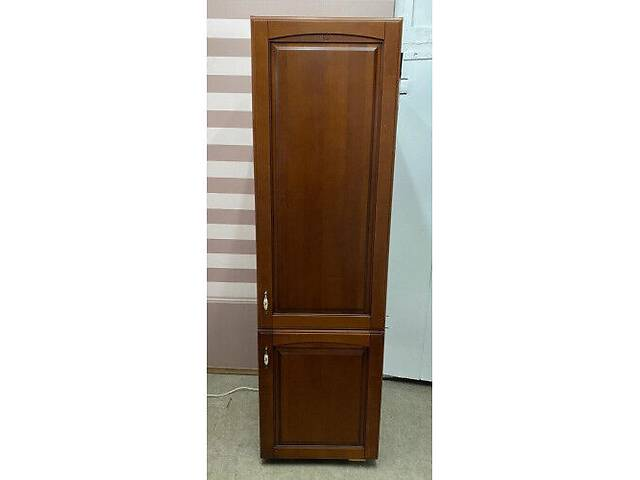 купить бу Холодильник вбудований Bosh з дерев'яним фасадом в Києві