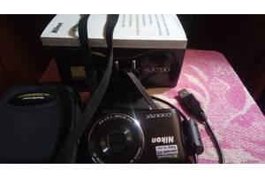 Nikon Coolpix S 3700