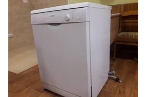 Посудомийна машина BOSH