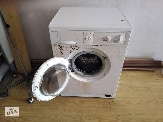 бу Продам стиральную машину Indesit в Харькове