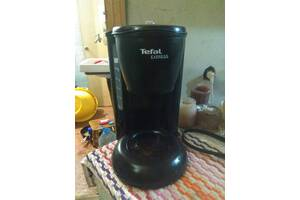 ПРОДАЖА кофеварки Tefal express за 300 грн.