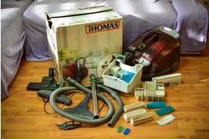 Пылесос моющий Thomas Pet & Friends в хорошем состоянии.Редкая комплектация