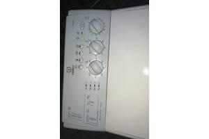 Стиральная машина Indesit WITL 106
