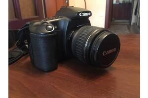 Цифровий дзеркальний. Canon, докум, з / у, сумка, флешка 4 Gb. Якість фото і відео рекламувати не бачу, збірка Японія
