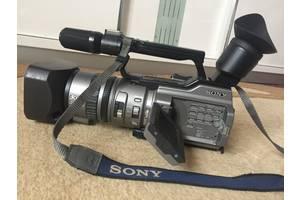Видеокамера Sony 2100E