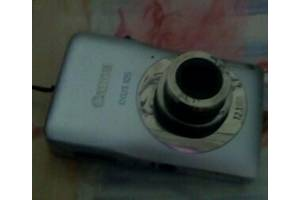 Зручний фотоапарат Canon Ixus 105