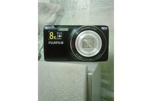 б/в Цифрові фотоапарати Fujifilm