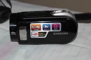 б/у Видеокамеры Samsung
