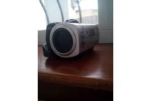 Новые Аналоговые видеокамеры Sony DCR-DVD610E