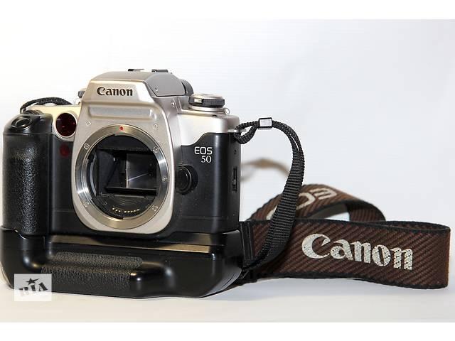 бу Canon EOS 50 (ELAN II) с бустером (бат-блок) в Новограде-Волынском