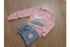 Дитячі спортивні костюми для дівчаток  3b589c5c01b0e