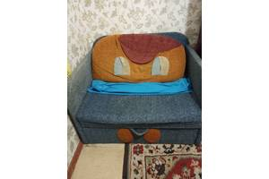 б/в Дитячі дивани