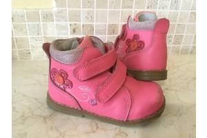 б/в Дитячі демісезонні черевики Tom.m
